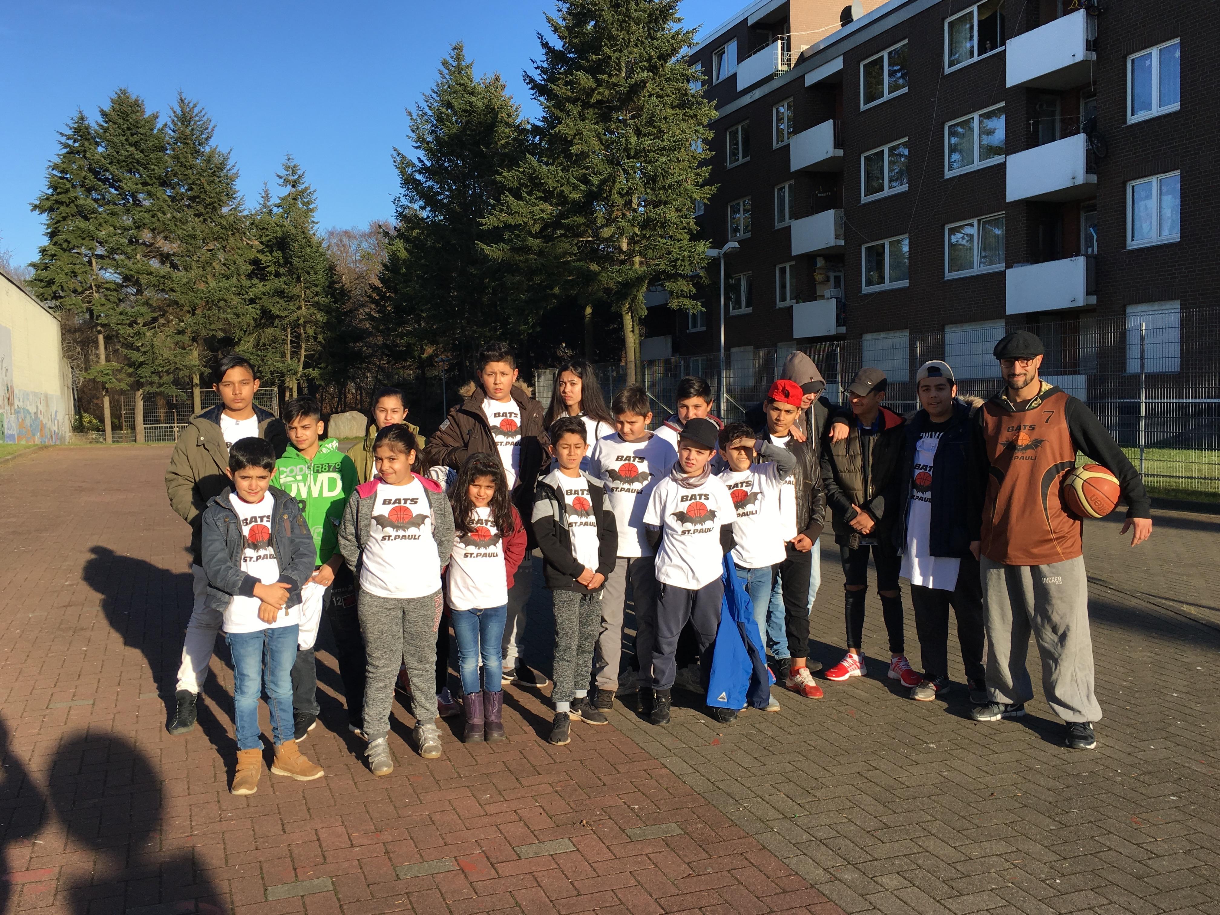 Der ehemalige Basketballprofi Samer Ismailat kümmert sich um Kinder und Jugendliche aus schwierigsten Verhältnissen.